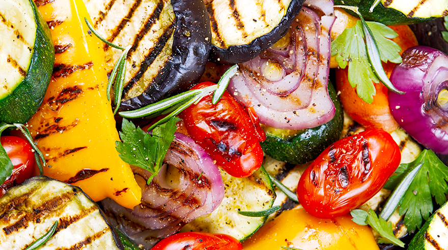Grilled summer vegetables (recipe)