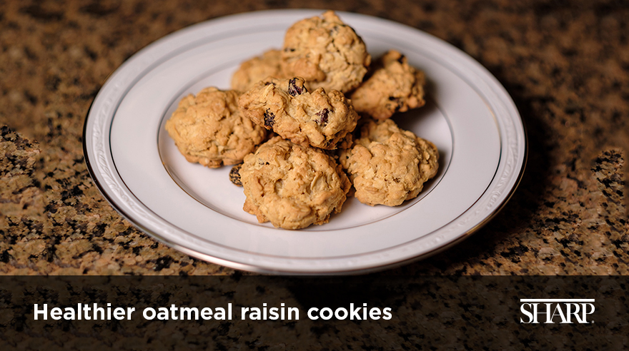 Healthier oatmeal raisin cookies (recipe)