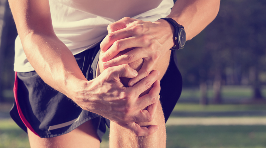 Treating torn knee ligaments
