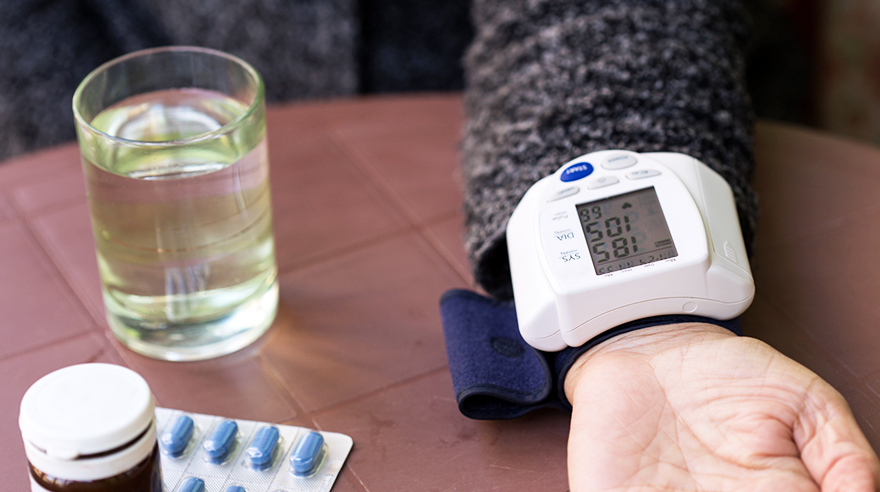 5 tips for managing blood pressure at home